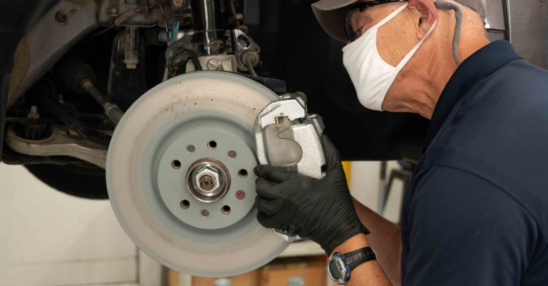 why-brake-pads-and-rotors-should-be-replaced-together